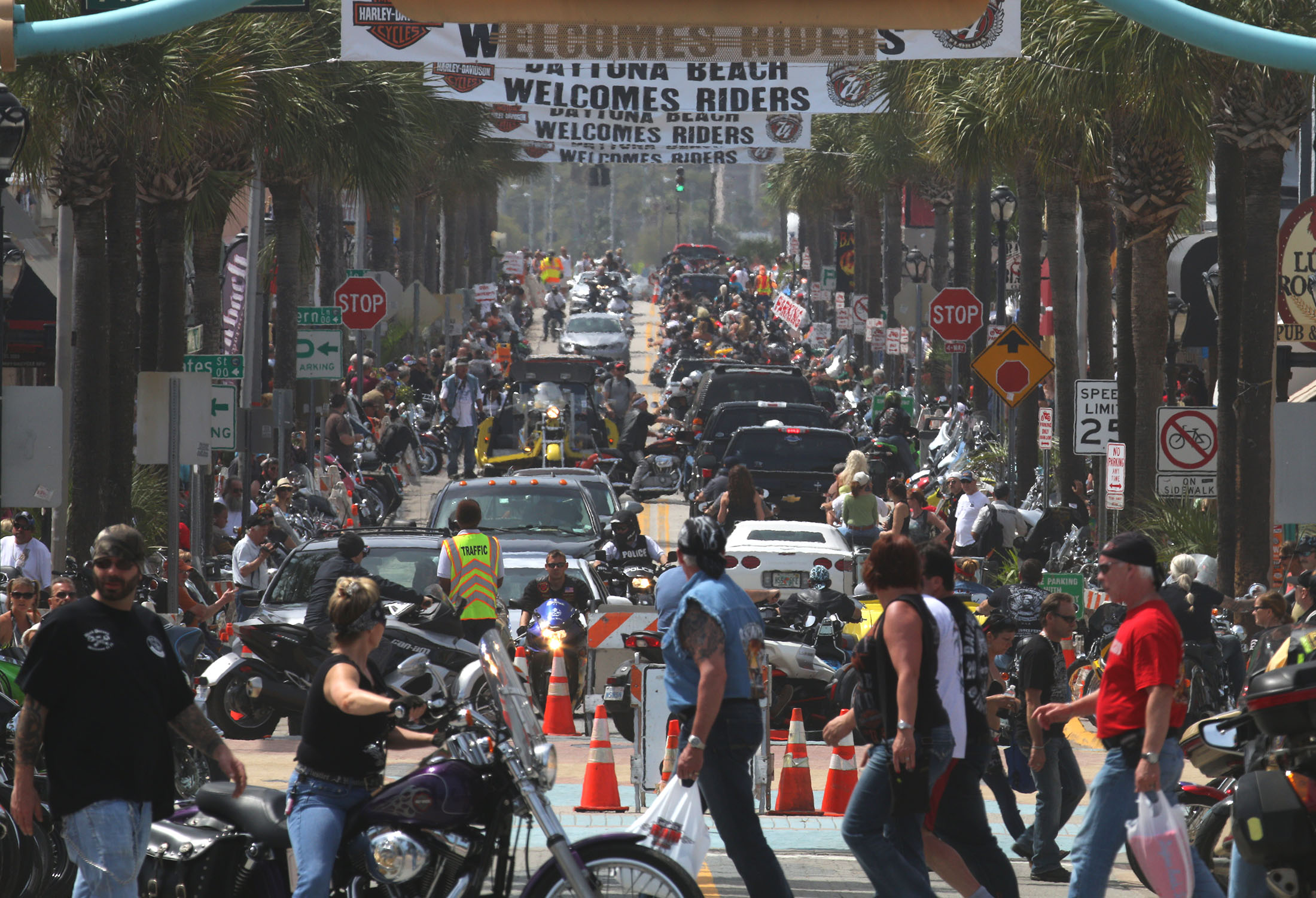 News-Journal/JIM TILLER Looking west form the Boardwalk show a packed Main Street in Daytona Beach Friday , March 13, 2015.