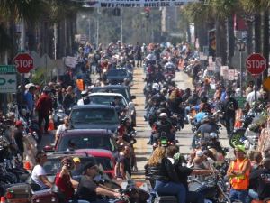 News-Journal/JIM TILLER Biker pack  Main Street in Daytona Beach as Bike Week rolls out of it's first weekend Sunday, March 8, 2015.